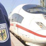 Algerischer Schwarzfahrer zieht Messer und bedroht Bahnmitarbeiter