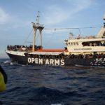 """Spanien: Regierung droht Open Arms mit Strafe bis zu 901.000 Euro für """"Seenotrettung"""""""