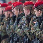 Es wird immer bekloppter: Bundeswehrsoldaten soll der Zugang zu Berlins Schulen verwehrt werden!