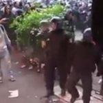Alle Jahre wieder: Berlin-Kreuzberg versinkt am 1. Mai im Chaos