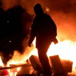 Berlin: Natürlich wieder das linke Pack aus der Rigaer Straße – Brennende Mülltonnen, Steinwürfe gegen Polizisten