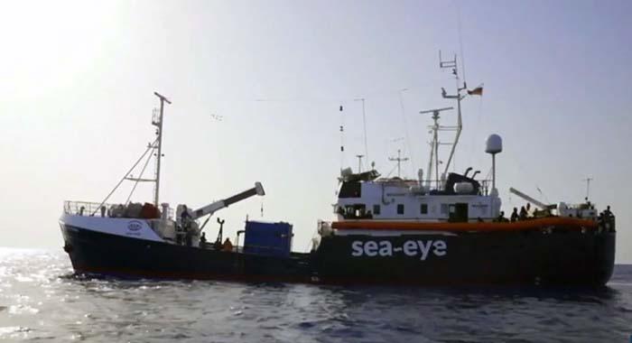 """Migrantenfähre """"Alan Kurdi"""" erreicht Lampedusa: 133 Versorgungssuchende abzugeben"""