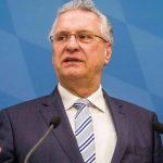 Das übliche Palaver: Joachim Herrmann (CSU) warnt vor erhöhter Gewaltbereitschaft bei Migranten