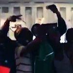 """""""Ocean Viking""""-Migranten: Bereit für die Landung in Italien – aber nicht ohne das Handy"""