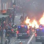 Spanien: Gewalt und Feuer in den Straßen von Barcelona