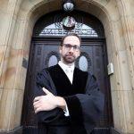 """""""Die Lage ist ernst"""" – Richter Thorsten Schleif packt aus und rechnet mit Kuschel-Justiz ab"""