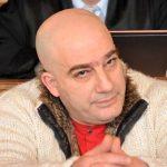 Was für ein Affentheater im Fall Miri: Entscheidung über Inhaftierung wurde weitergereicht