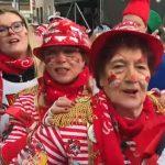 Karneval in Köln 2019: Jecken wurde Kabelbinder um den Hals gelegt und zugezogen