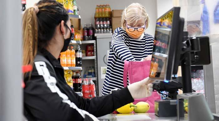 Längst überfällig in ganz Deutschland: Niedersachsen will Maskenpflicht beim Einkaufen aufheben