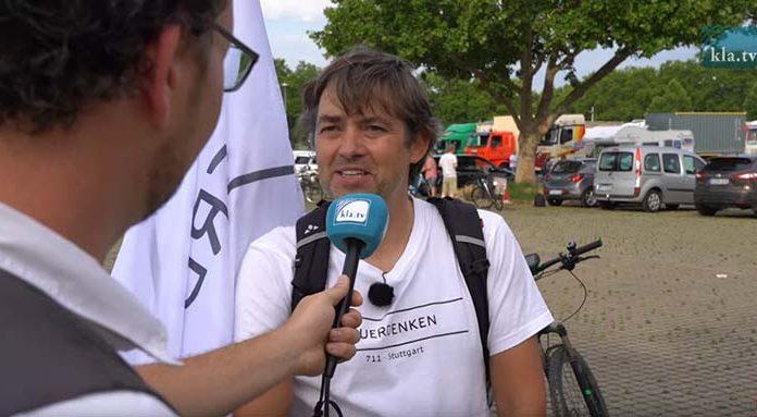 Michael Ballweg Beruf